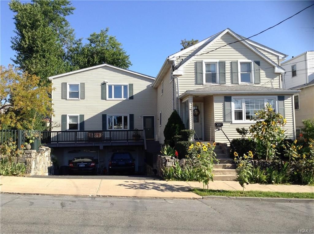 First floor Liv.Rm.,DinRm. combo,Kitchen,Master-bedroom,bedroom,bath. Nicly maintained and spacious. Landlord pays 50% of heat and water and Tenant pays 50% of heat and water. Washing machine used by both tenants.
