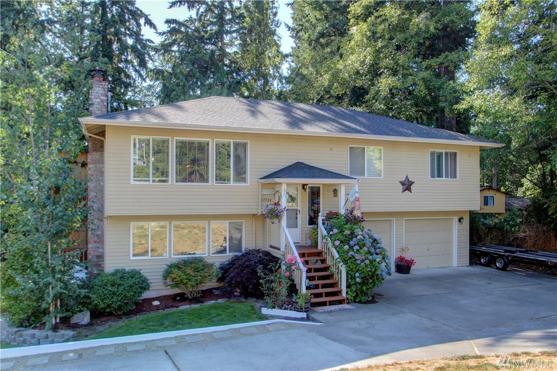 17724 64th Dr NW, Stanwood, WA 98292