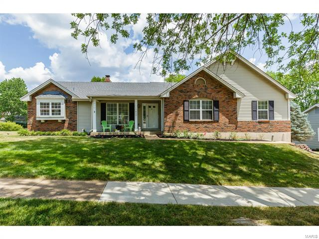 1420 Sycamore Manor, Chesterfield, MO 63017