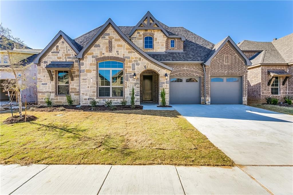 2704 Sky Ridge Drive, Arlington, TX 76001