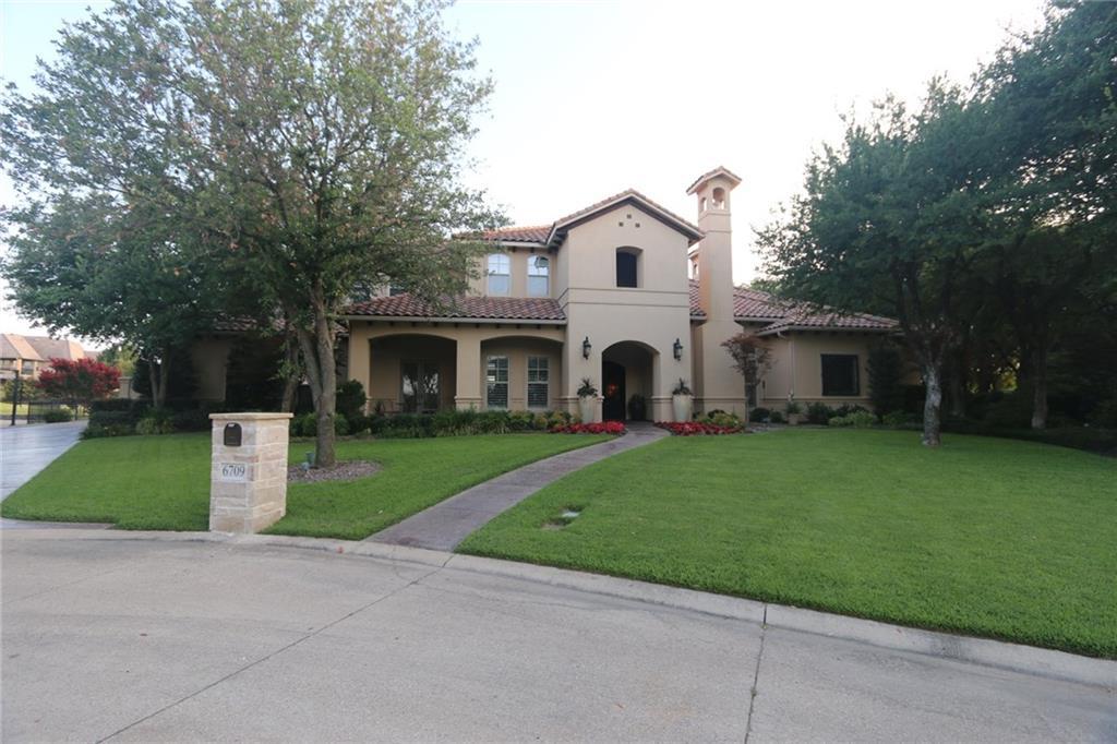 6709 Oak Hill Drive, Fort Worth, TX 76132