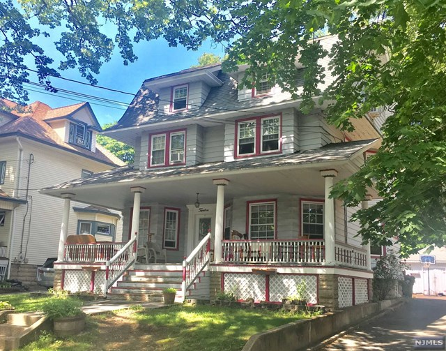 12 W Park Place, Rutherford, NJ 07070