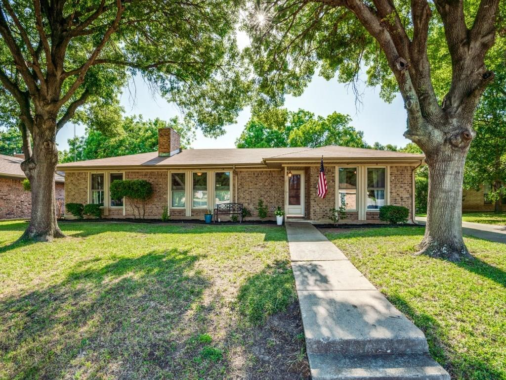 Picture of Ranch-Style House in Benbrook, TX
