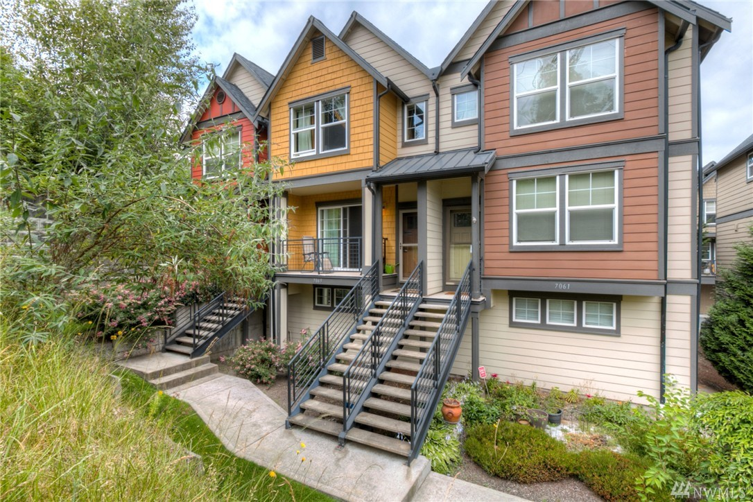 7063 27th Ave SW, Seattle, WA 98106
