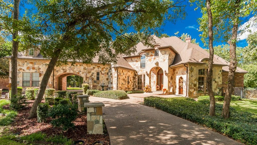 5817 Forest River Drive, Fort Worth, TX 76112