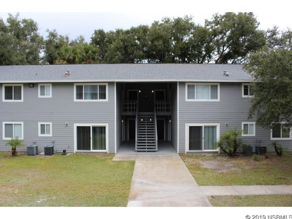 1050 Wayne Avenue, New Smyrna Beach, FL 32168
