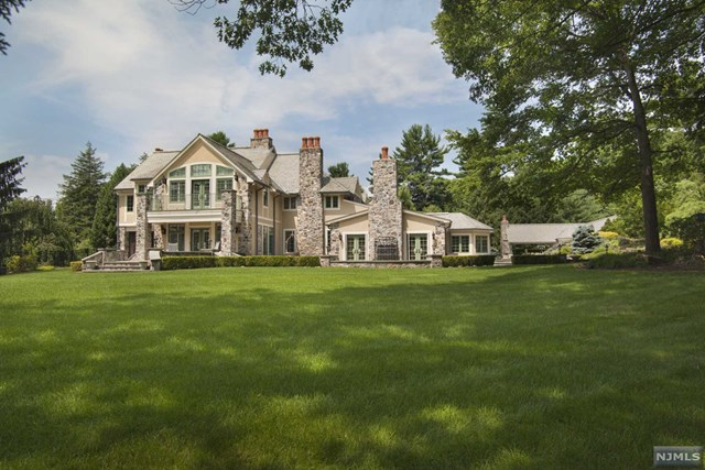 Celebrity Stunner, Saddle River, NJ 07458