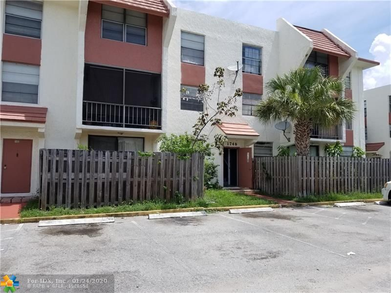 Large 3 bedroom 2-1/2 bath townhouse condo around 1400 sq ft. Enter unit on second floor of building. Kitchen, living area, laundry and half bath are on the main level. All 3 bedrooms are on the top (third) floor. Very spacious. Located within gated, Safe Neighborhood district. City community center, Boys & Girls Club, and city swimming pool nearby. Investors welcome, too.