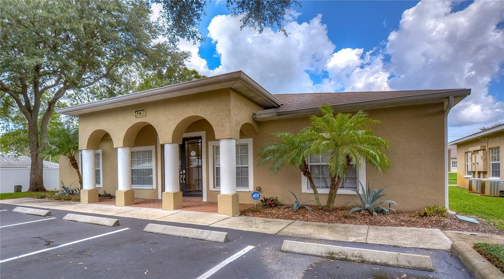 4236 W Linebaugh Avenue, Tampa, FL 33624