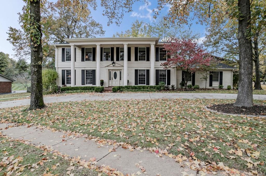 352 Littany Lane, Chesterfield, MO 63017