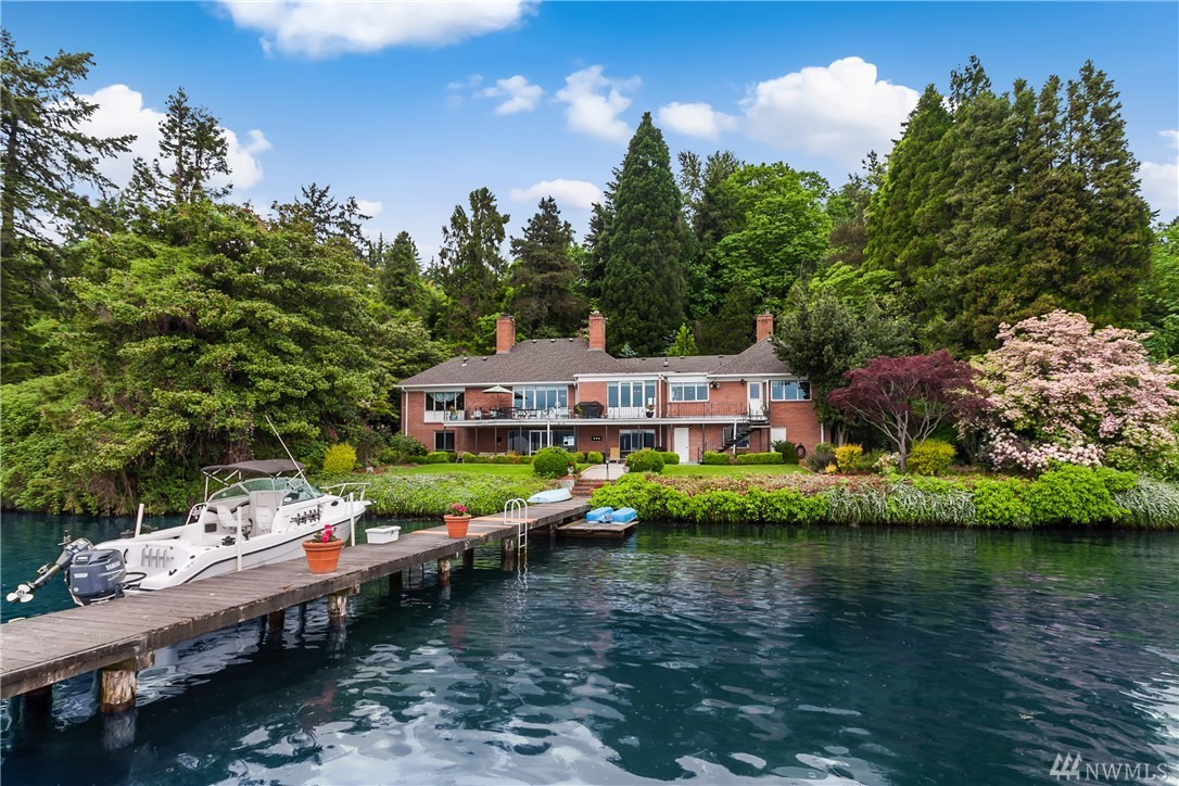 Only a few will ever experience waterfront living like this! Enjoy exquisite sunrises with views of Lake Washington, Mt. Rainier and the Cascades and be mesmerized by the tranquility of the setting. No bank access and a wide, 135 front feet of waterfront provides ultimate privacy. Located in the Windermere neighborhood of NE Seattle with quick access to the University of Washington, Downtown Seattle, South Lake Union and the Eastside. Remodel or rebuild to create the home of your dreams!
