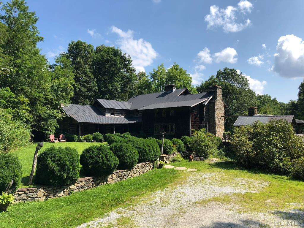 1359 Flat Mountain Road, Highlands, NC 28741