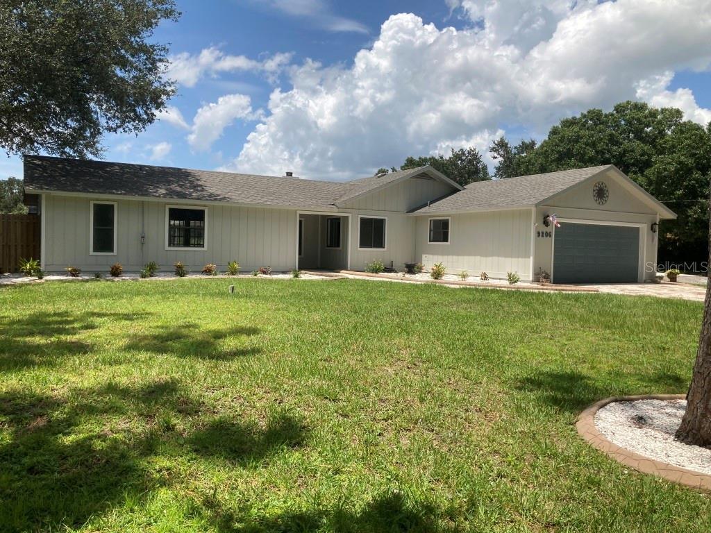 9206 66Th Avenue Drive E, Bradenton, FL 34202