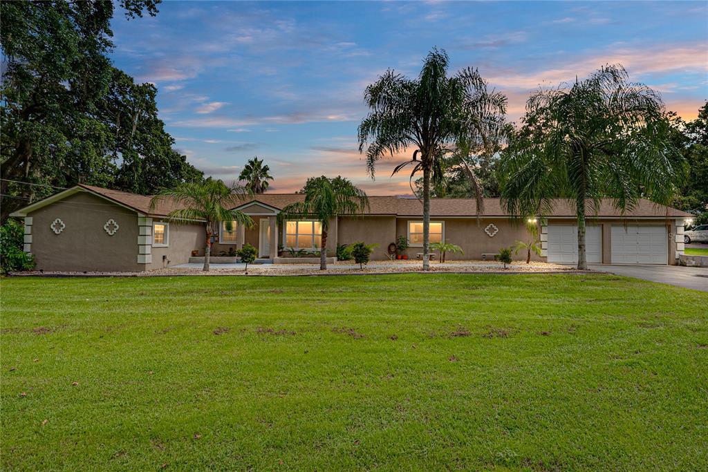 2817 Jim Johnson Road, Plant City, FL 33566
