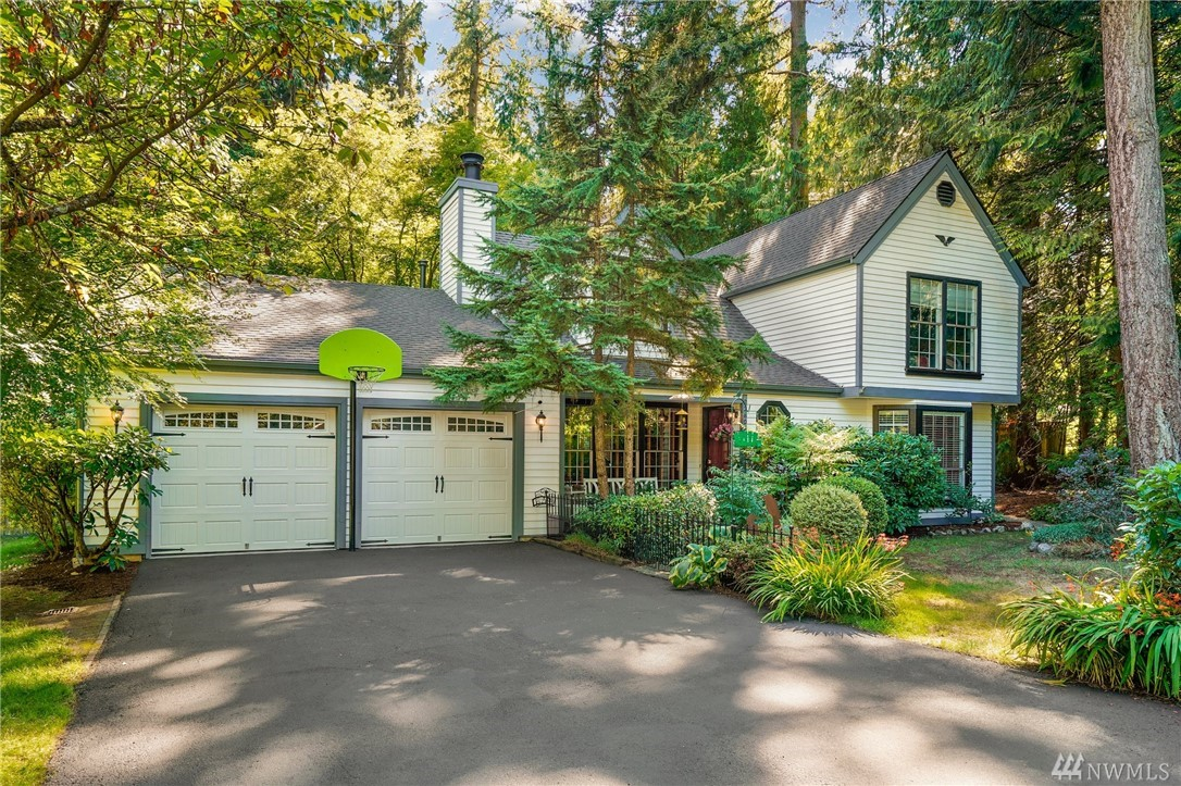 Beautifully updated home located in the sought after Pacific Estates community in the heart of Sammamish. Want space to spread out without ever leaving home? This massive backyard sanctuary is something not to be missed. Relax & Unwind! Walking through the home you will find a thoughtfully designed flow and ample space to live/entertain. Large upper & lower level master bed/bath. Additional upstairs bedrooms would work perfectly for a home office, study. Space for RV/Boat. Top-Rated schools!