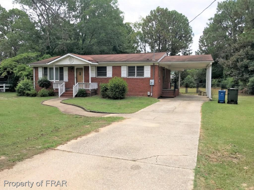 -Investors Special! Brick Ranch with unfinished basement, 2 bedroom 2 bath and large eat in kitchen. Formal living room and spacious bedrooms. Huge rear fenced backyard! Conveniently located to Cape Fear Valley hospitals, shopping and Ft Bragg. Priced to sell!
