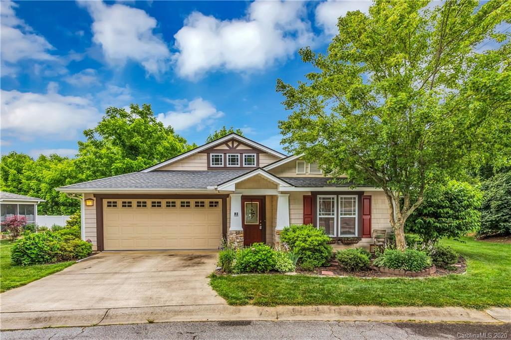 3 Sunview Circle, Arden, NC 28704