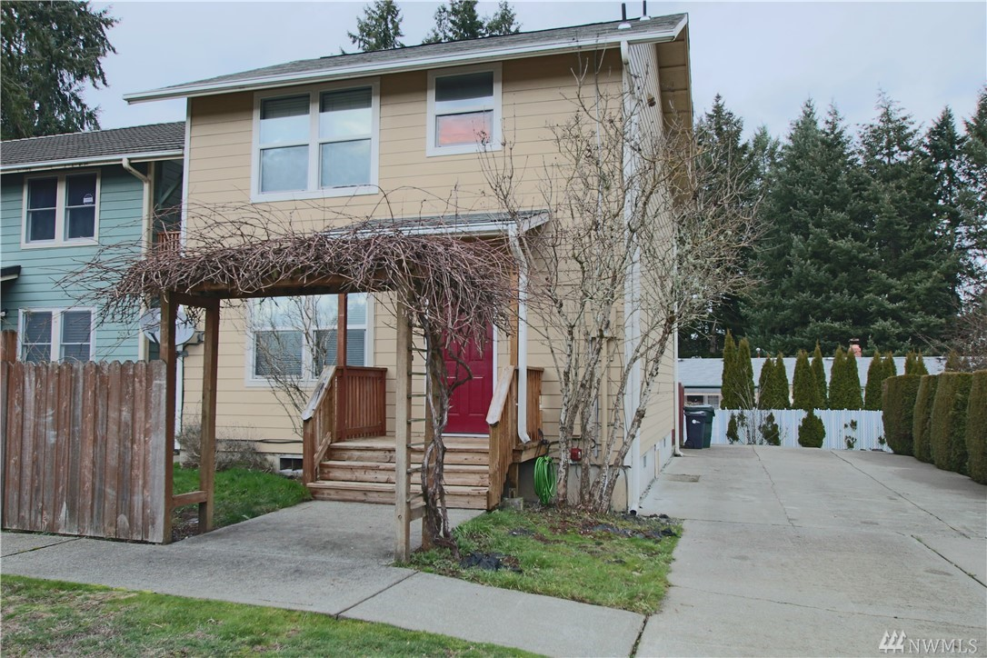 Cute 3 bedroom detached condo. Nice bright floor plan, open kitchen w/great counter space, great room, den and 3/4 bath on main level. Upstairs you'll find 3 bedrooms, full bath, + laundry! Tucked away off the main street. Easy I-5 access! Please note - the driveway is SHARED. No Smoking. Verifiable monthly income must be at least 3x rent rate. $1000 sec dep+$450 nonrefundable turnover fee. $40 application fee for EACH occupant 18+. 1-yr lease. Pets subject to restrictions + nonrefundable fees.