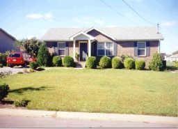 411 Sideline Dr, Oak Grove, KY 42262