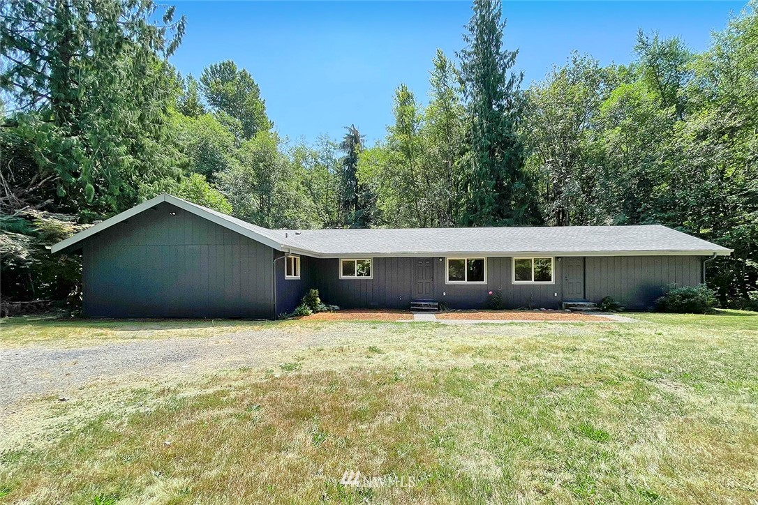 Recently updated triplex, total of 7 bedrooms & 3 bathrooms. New kitchen cabinets, bathrooms, floors, interior paint, light fixtures, & much more. Property offers 2 RV hookups/parking & campsites. Great investment opportunity.