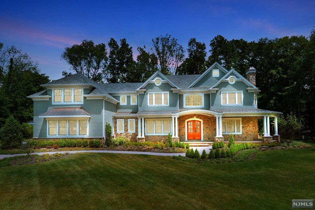 New Construction - Hampton's Style, Saddle River, NJ 07458