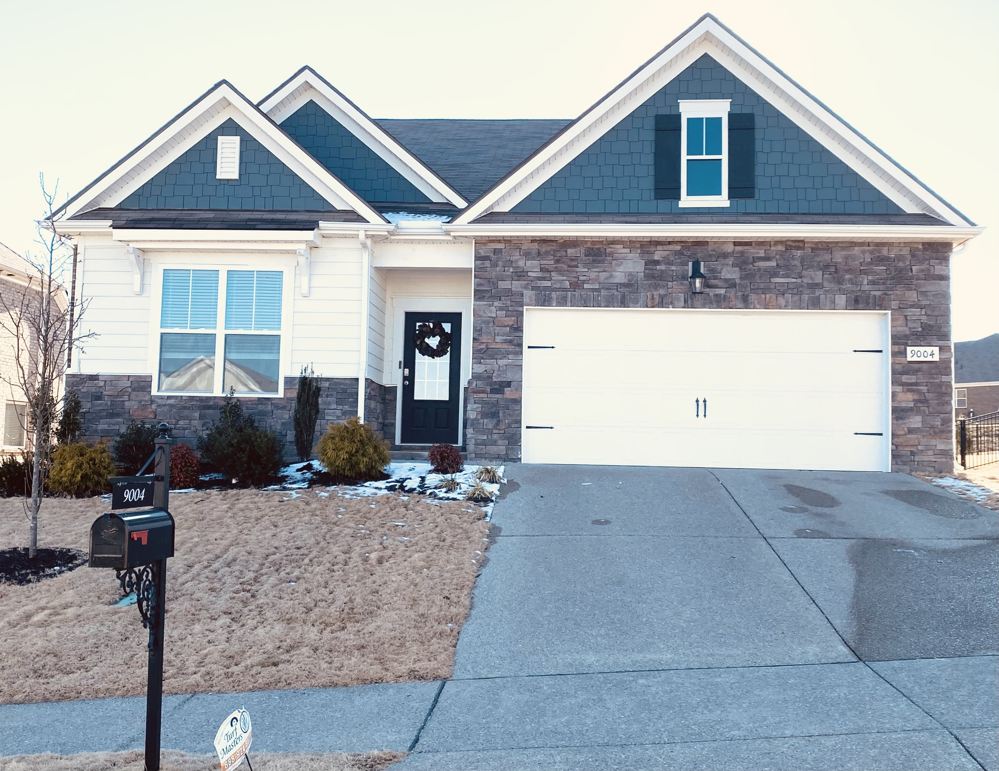 "Sought after Hampton Springs neighborhood: ""Signature"" home with upgrades. This almost-new single-family house is equipped with smart home technology, stainless steel appliances (including refrigerator), granite countertops and island, hardwood floors, fireplace, wainscoting and molding. Outside has fresh landscaping, fenced backyard, covered back porch.  It is located in the coveted Battle Creek school zone and  conveniently located to I-65 and Saturn Parkway. This beautiful home is a must see!"