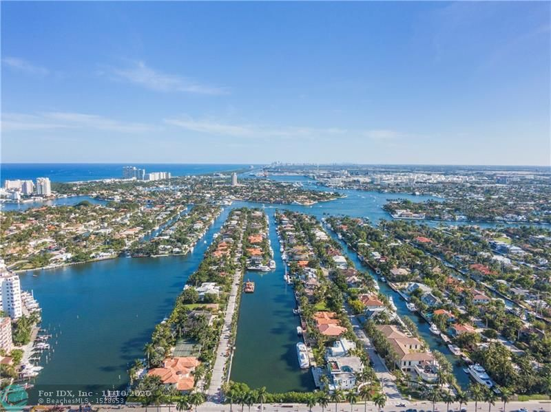 400 ROYAL PLAZA DRIVE, Fort Lauderdale, FL 33301