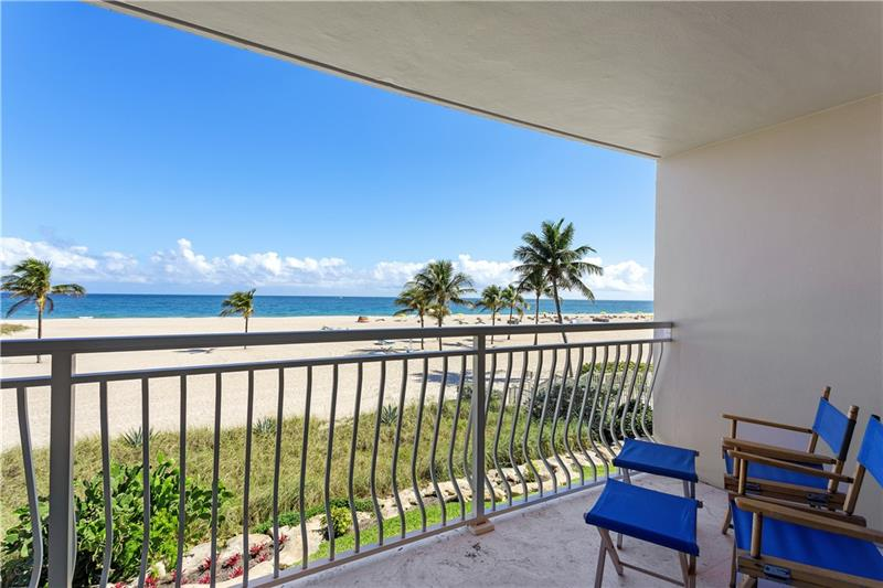 EXCLUSIVE OVERSIZE 2 BEDROOM 2 BATHRROM OCEANFRONT CONDIMINIUM AT LAGO MAR NORTH.  ENJOY THE OCEAN BREEZE IN THIS RETRO ORIGINAL CONDITION RESIDENCE WITH PARQUET FLOORS, CARPET, KITCHEN AND BATHROOMS. BALCONY WITH DIRECT OCEAN FRONT VIEWS IN HARBOR BEACH WITH A COMMUNITY HEATED POOL. BE ONE OF ONLY 20 UNITS TO ENJOY THE VACATION LIFE WITH THE PERFECT VIEW OF THE ATLANTIC OCEAN AT LARGO MAR NORTH.  MAKE IT YOUR OWN BEACHFRONT FOREVER HOME.