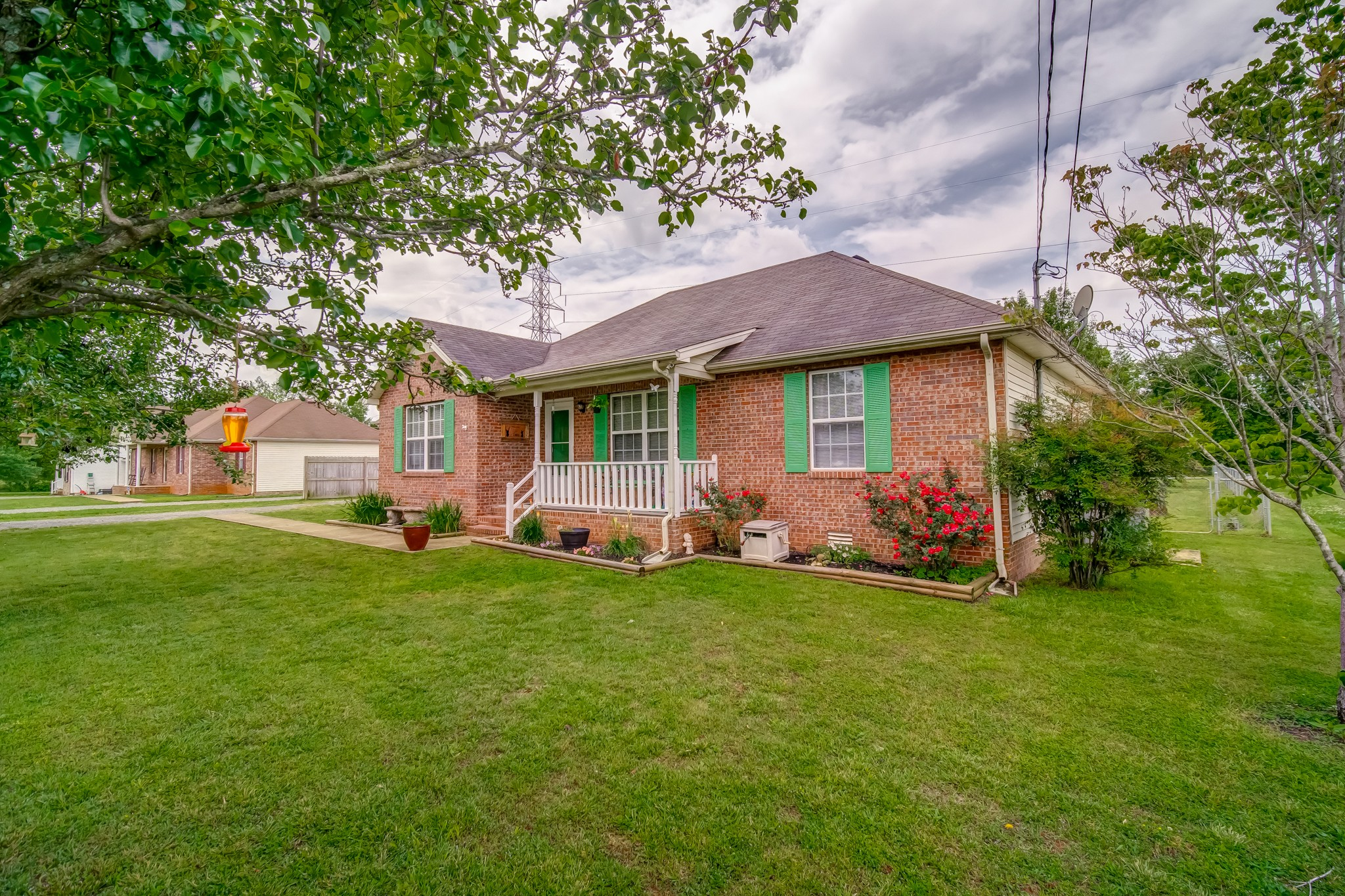 One level living in a great location! Well maintained home on a large fenced lot. Vaulted ceilings, fireplace, white cabinets and upgraded kitchen appliances are highlights. Quick access to highways and all that Murfreesboro has to offer. No HOA.