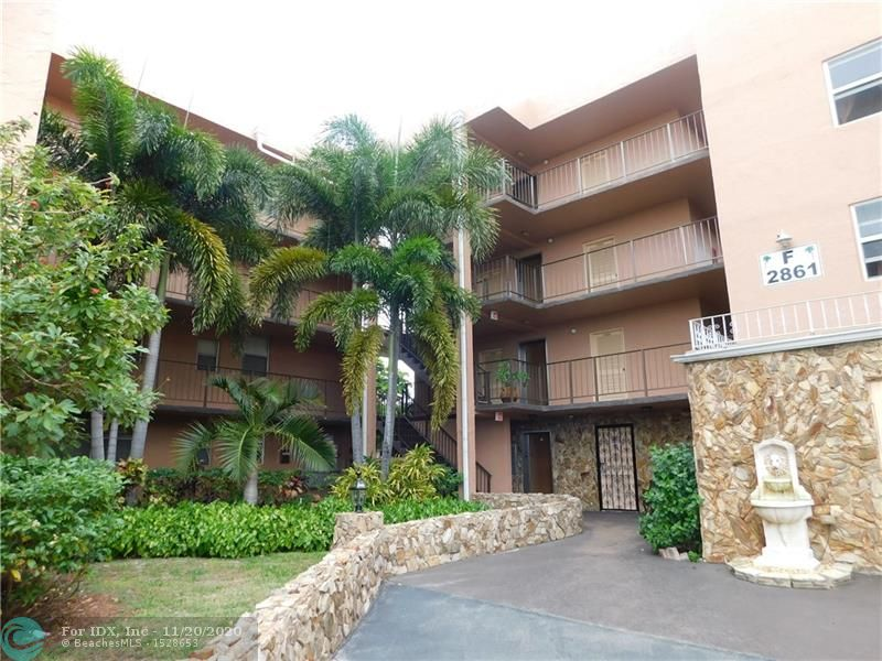 All furnished spacious 1 bedroom ready to move in in gated community with heated pool, tennis, clubhouse, BBQ/picnic area,shuffleboard and more...Perfect for snowbird or all year around.