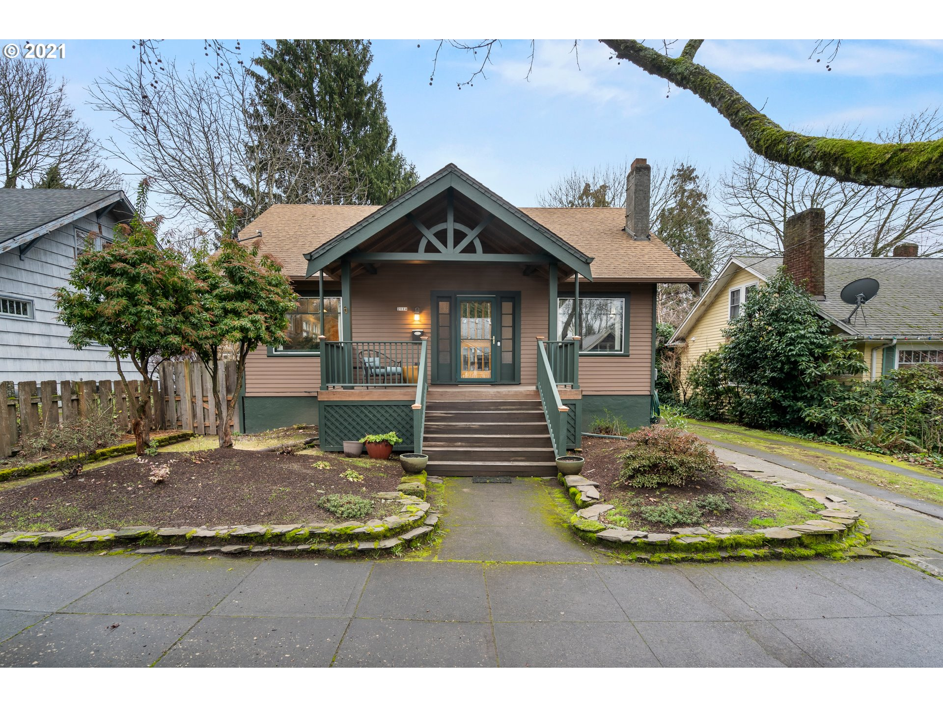 Charming house in Rose City Park, good usable backyard, nice detached garage with storage above, lots of potential in basement. [Home Energy Score = 6. HES Report at https://rpt.greenbuildingregistry.com/hes/OR10052588]