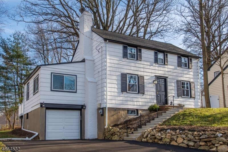 Charming and renovated Burnham Park Colonial. Stunning kitchen, spa like baths, interior and exterior freshly painted, new roof, new windows, new central air, refinished hardwood floors and wood burning fireplace. Enjoy the private deep lot, while relaxing on the over sized freshly stained deck. Convenient to town, schools, shopping and NJ Transit. Move in ready!