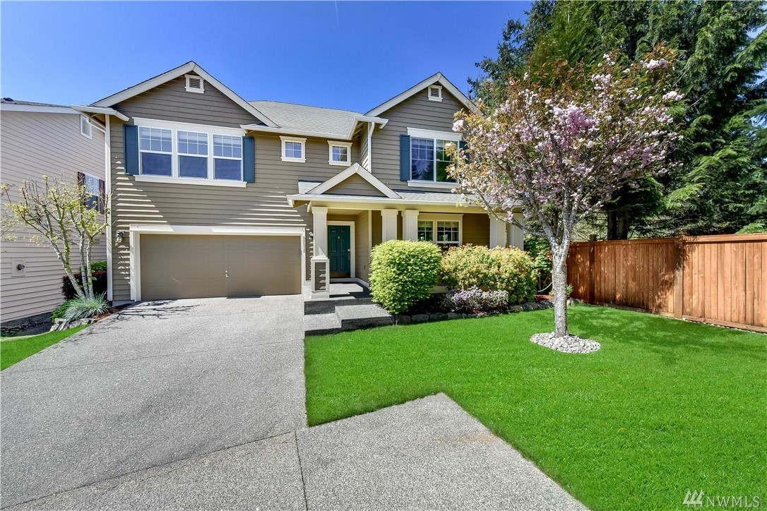 Pristine East facing 2,740sf home just blocks from Rosa Parks Elem & new Timberline Mid School. Meticulously maintained & updated throughout, this home shines. Kit w/granite C-tops & SS apps opens to large fam rm w/gas FP. Updated bthrms w/slab counters & tile flrs. 4 spacious bdrms, inc. large mstr w/5 piece bth. Versatile loft area for movies, games or office. New exterior paint. Sunny patio for grilling & all new low maint landscaping. Close to MS Connector stop, shopping & parks. THE WINNER!