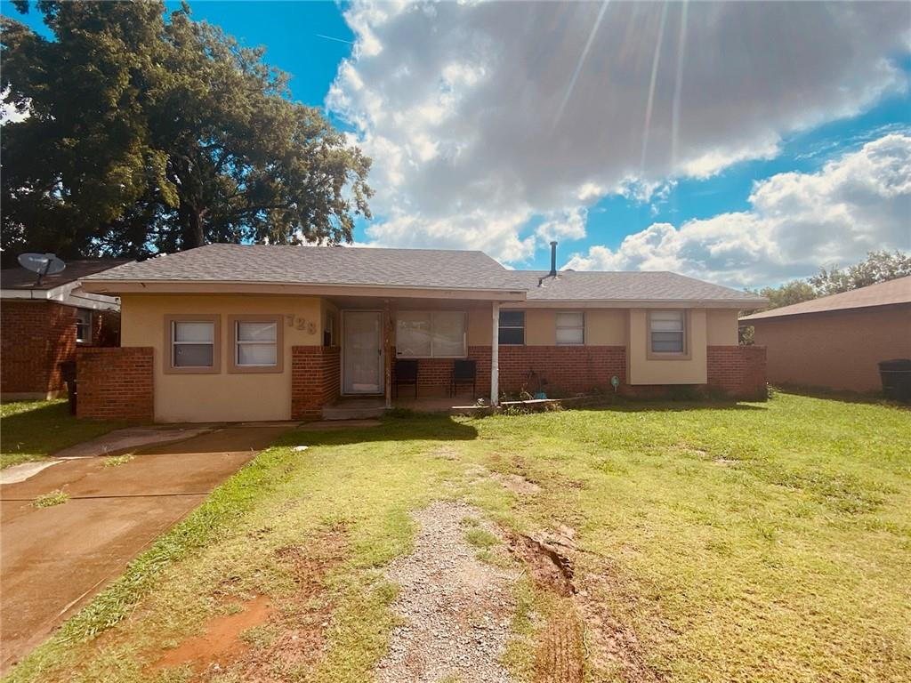 Cute fixer upper in Moore schools. Great opportunity to do a little work and end up with equity. 4 bedrooms and  1.5 bath needs cosmetic updating but has great bones! Seller is selling AS-IS ONLY.