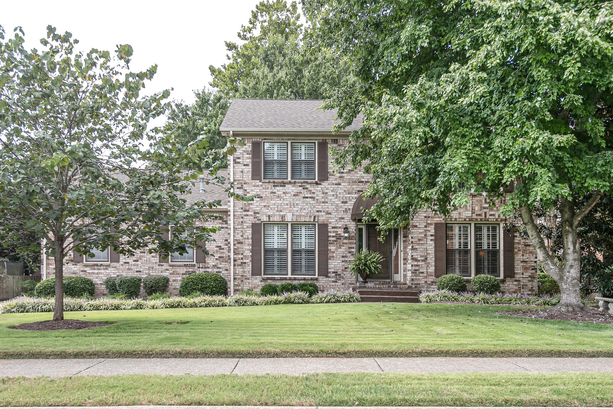 Plenty of space to live, work and play in this immaculate & updated 4-sides brick, 4 bed home in popular Ralston Glen.  Formal living/home office, dining + breakfast, den w/FP, stunning & spacious master + 3,  huge bonus room, side-entry garage with level driveway, tranquil backyard w/covered deck.  Roof 5 yrs, new H20 heater, HVAC's 1yr, 4 & 5 yrs.  Walk to neighborhood pool, Pinkerton Park & Downtown Franklin dining, shopping & events. This home checks all the boxes!  First showings  Fri 9/17