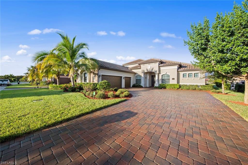 28650 Cavan Ct, Bonita Springs, FL 34135