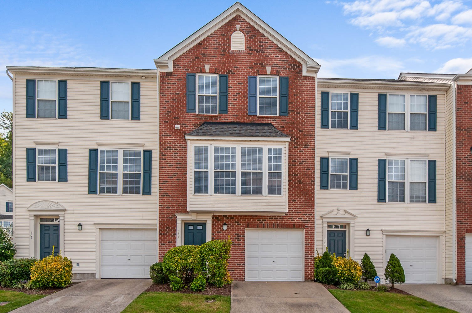 Like New Townhome with a 1-Car Garage and a Community Pool!  Brand New Carpet & Paint Throughout.  All Stainless Steel Appliances with a Brand New Refrigerator that Stays.  HVAC only 3 years old!  2 Master Bedroom Suites Upstairs! Perfect Location- Home is Walking Distance to Tailgate Brewery & Very Close to One Bellevue Place, Nashville West, and Interstate Access!  Come See Today!