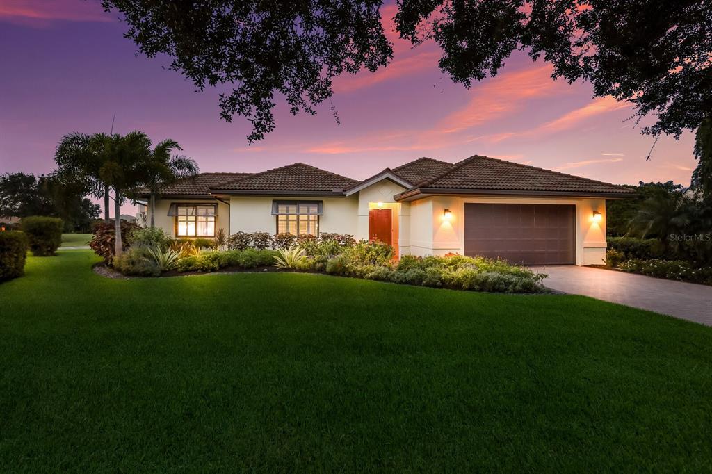 4237 Palacio Drive, Sarasota, FL 34238