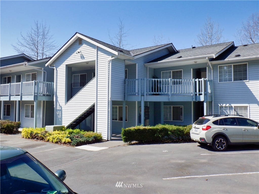Take advantage of an exceptional opportunity to own a 20 Unit apartment property in excellent Birchwood location, on bus line; minutes from shopping, airport, waterfront, downtown; no pet policy in place; tenants month to month; opportunity to own multi-family; rents currently under market; financials pro forma based on still under-market rent of $1250 per unit; lovingly and meticulously maintained by original builder/owner. Upside potential by bringing to market rates through professional management; Cap rate includes estimated professional management expenses. Each unit includes washer/dryer. May be capable of condominiumization (buyer to verify).