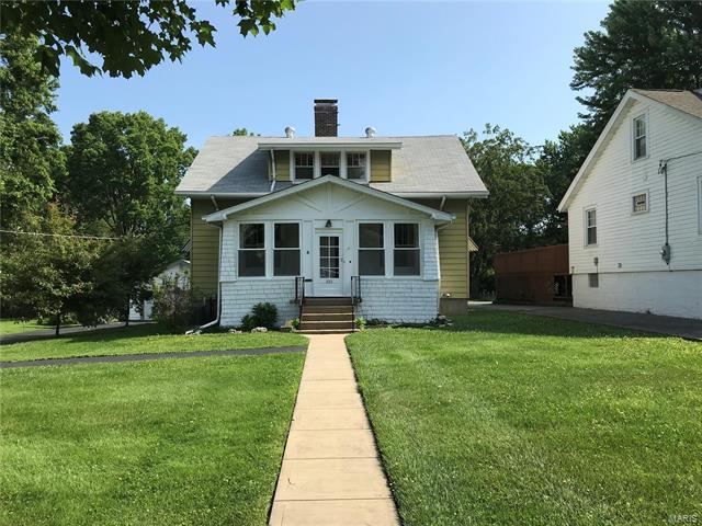 223 Chestnut Avenue, Webster Groves, MO 63119