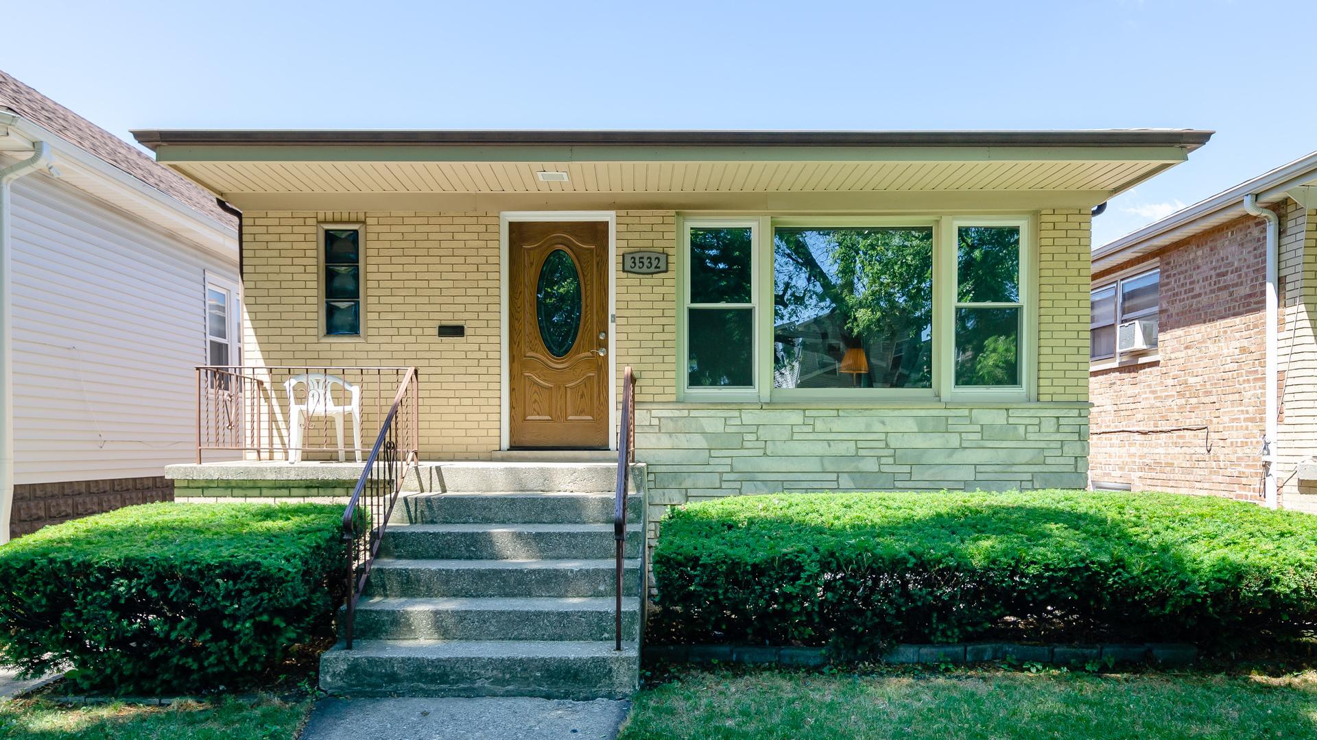 3532 N Overhill Avenue, Chicago, IL 60634