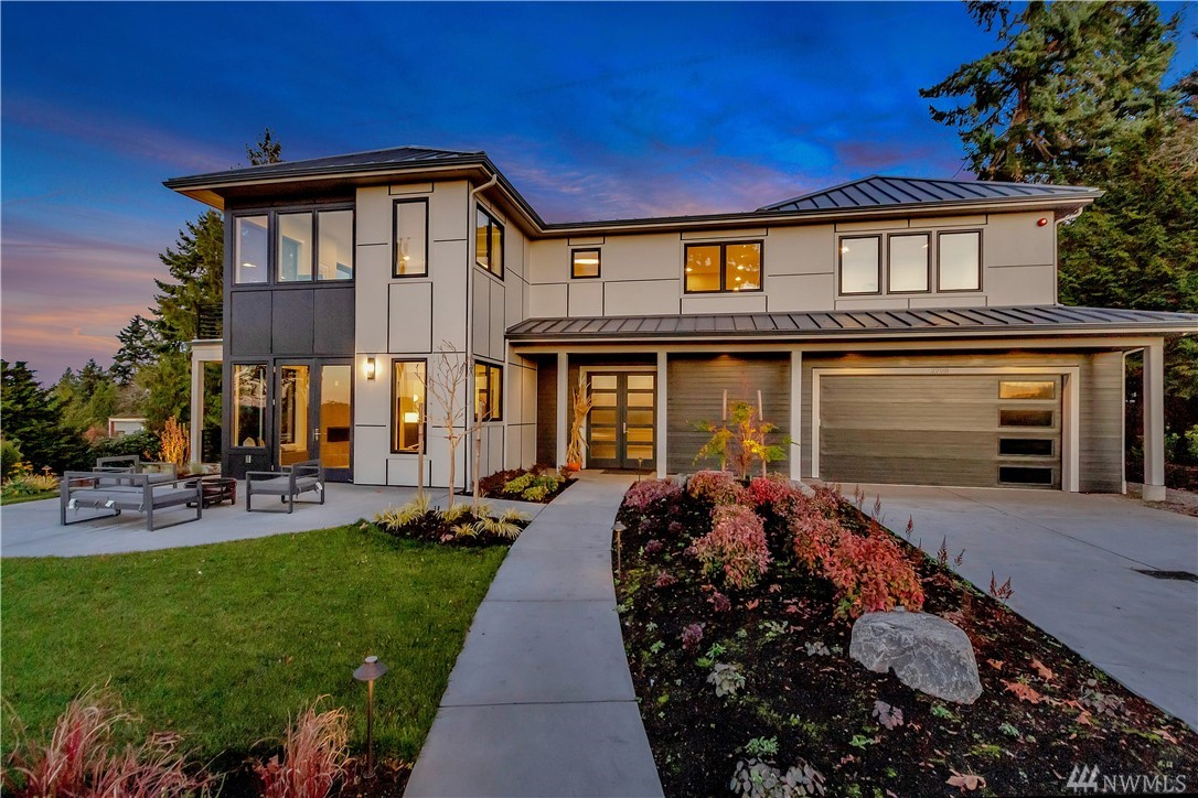 RKK Construction has created another icon where form & function meet today's lifestyles. A NW fusion of wood, walls of glass, natural light & visionary design...thoughtfully positioned on a sun-kissed north end lot with views looking West, North and East. Inside you'll discover adaptable spaces in gracious proportions, art walls, and an open floor plan. Outside you'll love the many decks, gather in the heated all-seasons living room & dining alfresco. Delivering custom quality year after year.