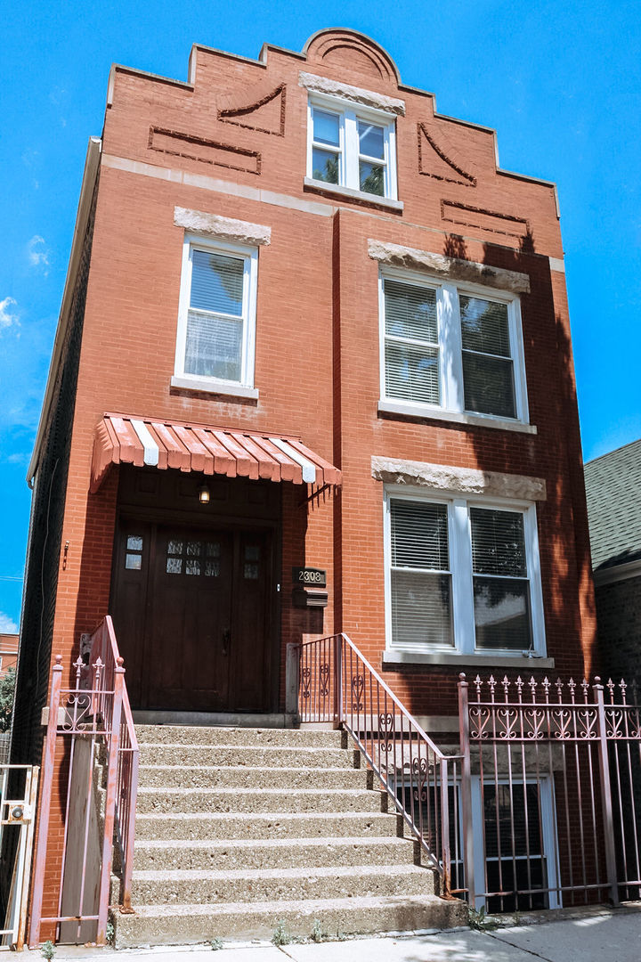 2308 W 22nd Place, Chicago, IL 60608
