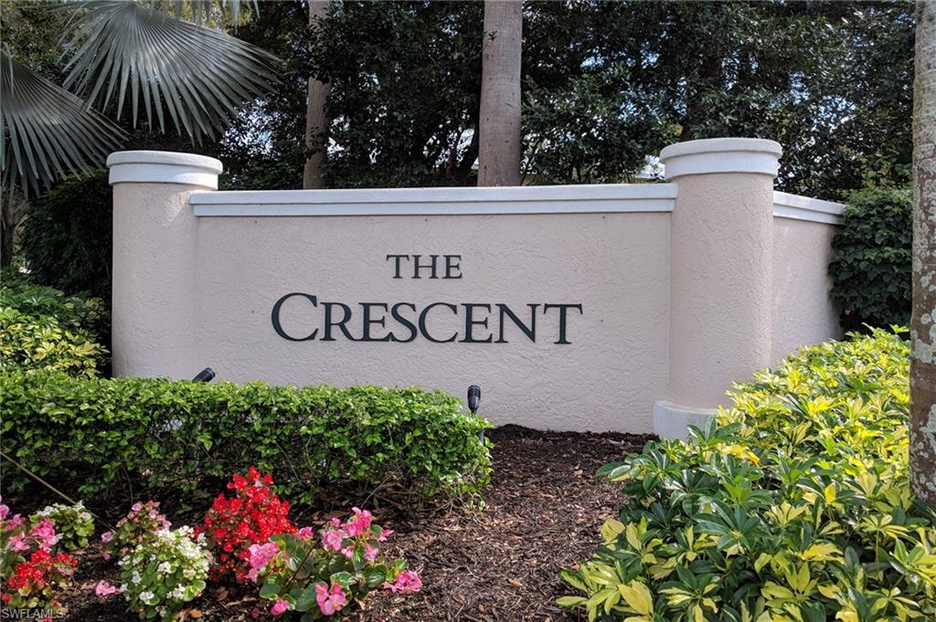 This lovely Crescent coach home in the coveted Covington Row boasts 3 bedrooms and 2 baths and a lovely fountain view. Enjoy the large community pool or ride your bike to Publix or the fitness center as both are close by. Pelican Bay is located between the Ritz Carlton to the north and the upscale Waterside Shops & Restaurants to the south. It is true resort style living with 3 miles of pristine beachfront, restaurants and beach services, kayak and canoes provided for resident use, an attended fitness center and tennis courts.