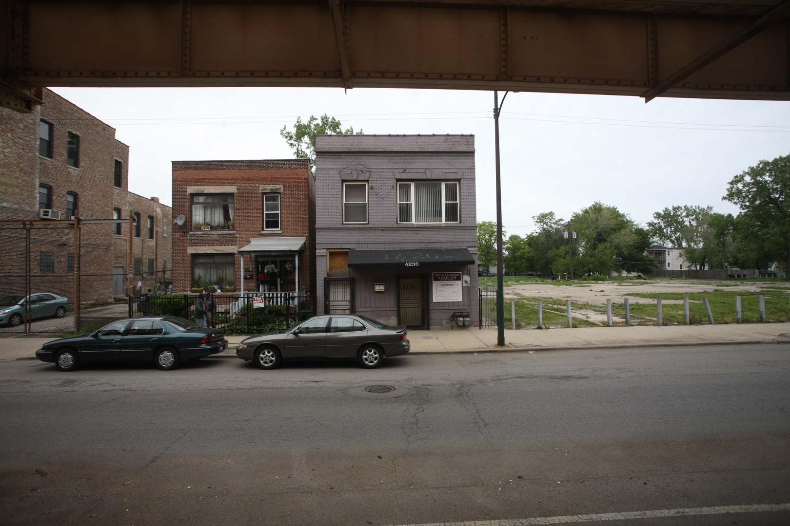 4236 W Lake Street, Chicago, IL 60624