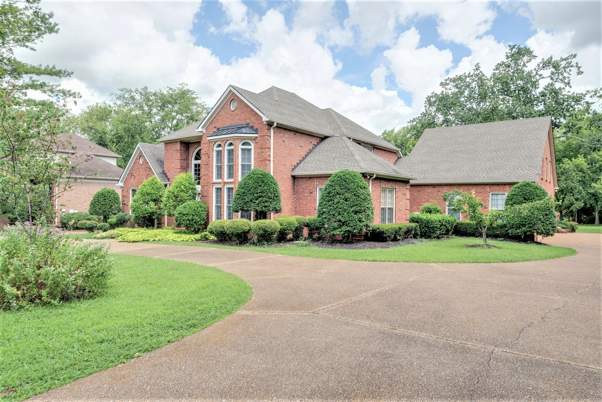 Beautiful Home in Brentwood*Updated Kitchen/Bathrooms*Hardwood Floors throughout the Main Level*Master Bedroom Down w/Gorgeous Ensuite Bath*Formal Living-room w/Magnificent Chandelier & Floor-to-Top Window*WET BAR*Family room w/Fireplace*Large Bonus room above the Garage for Multipurpose/Entertainment*Attached 3-Car Garage w/Additional Paved Parking*About 1 ACRE LEVEL LOT w/Trees, Covered Porch, Huge Deck for Great Outdoor Fun*Incredible SCHOOL District* See VIRTUAL TOUR below.