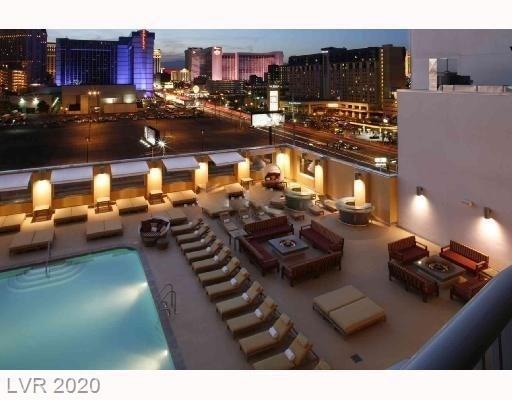 amazing strip views from balcony. Spacious formal living room. Balcony off master bedroom. In great condition. Buyer can opt out from Hotel managing program. or Have Plantium to manage.