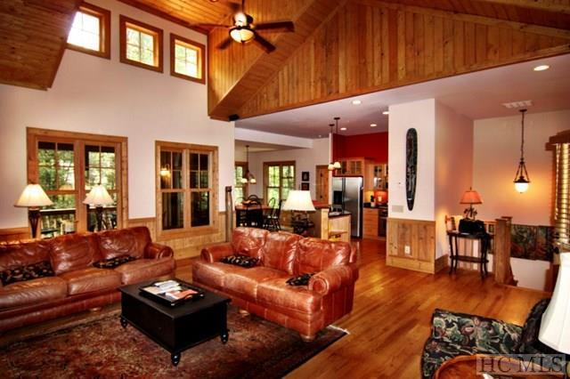 14 Green Haven, Cashiers, NC 28717