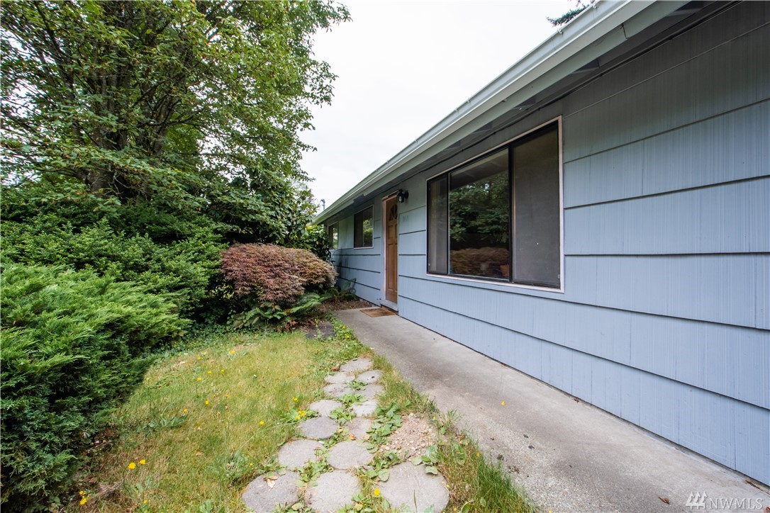 31021 8th Ave SW, Federal Way, WA 98023