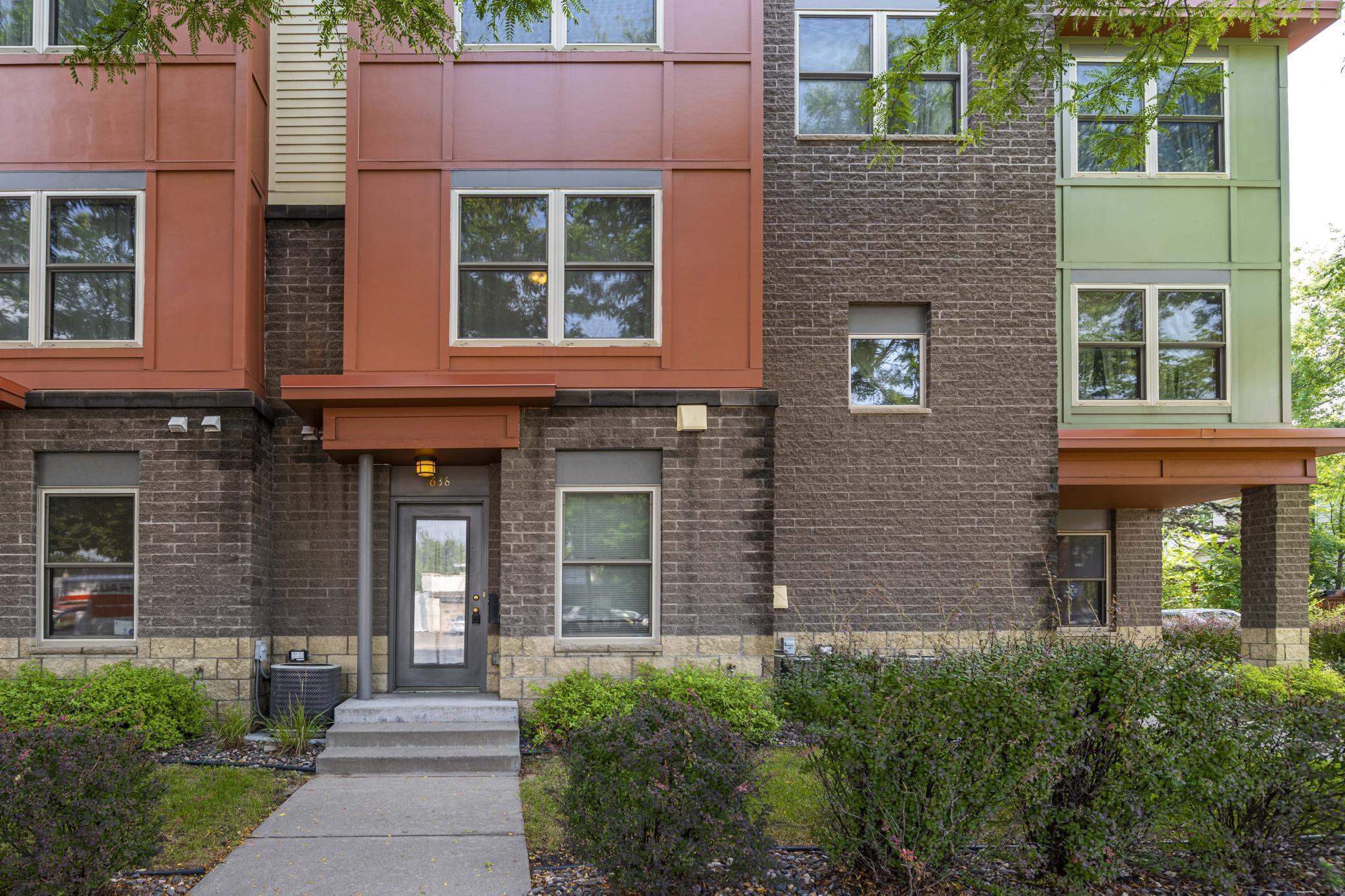 638 Dale Street N, Saint Paul, MN 55103